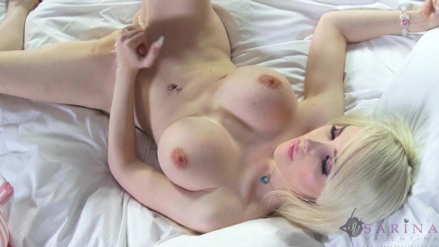 Shemale with big tits masturbate and fuck her ass Video thumb #9