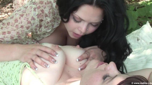 Outdoor - Nipples licking lesbians Video thumb #18