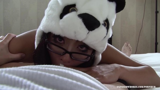 Blowjob - Asian Panda Gives Head Video thumb #8