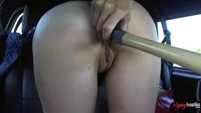 Quebec Porn - Many toys in her ass