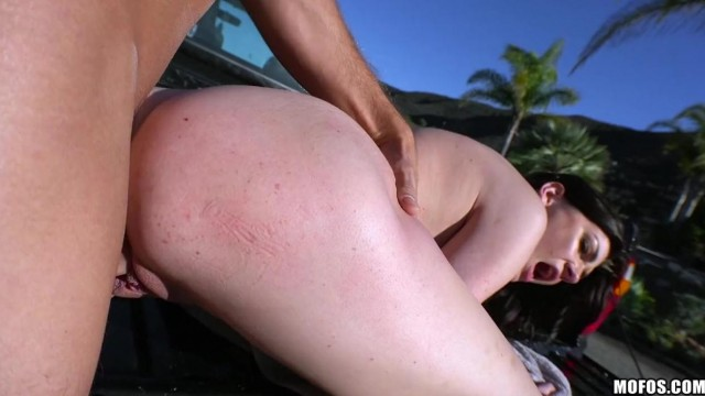 Brunette giving head before getting nailed outdoor Video thumb #16