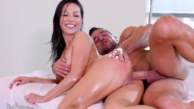 Asian MILF fucked hard Video thumb #2