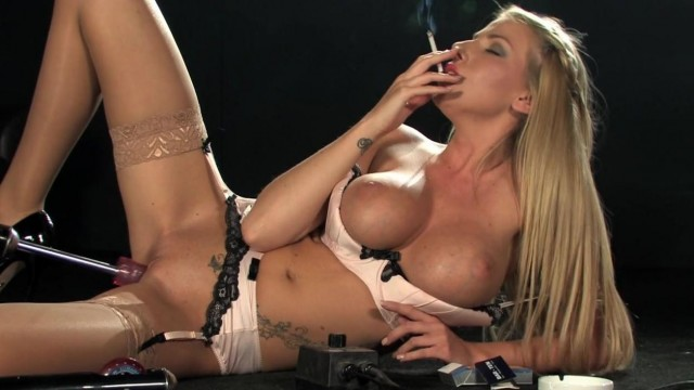 Sex machine - Machine fucks blonde while she smokes