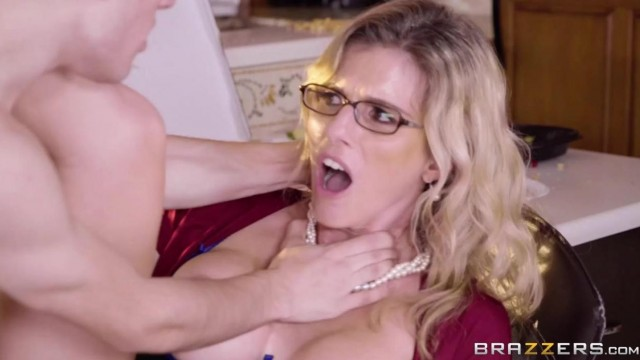 Brazzers - Jordi El Nio Polla fucks Stepmom Video thumb #13