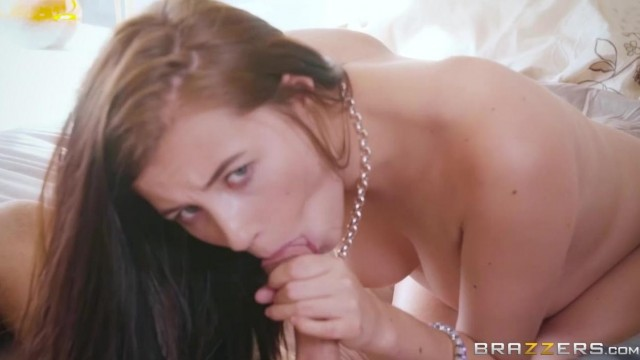 Stepmom Carolina Sweets and her stepdaughter Joslyn James Threesome Video thumb #5