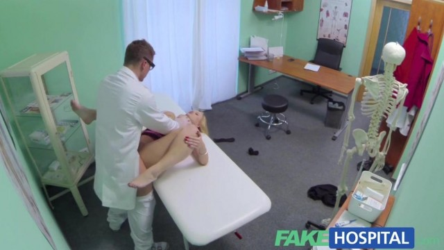 Fake Hospital - Doctor fingers blonde pussy and gets a blowjob Video thumb #10