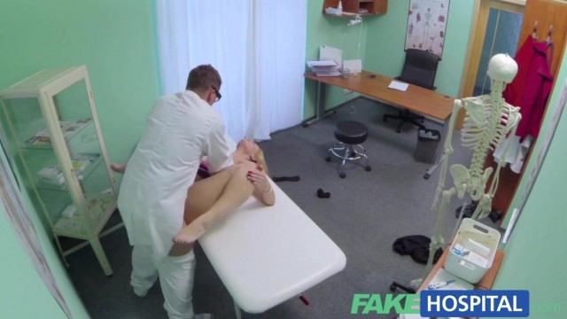 Fake Hospital - Doctor fingers blonde pussy and gets a blowjob Video thumb #11