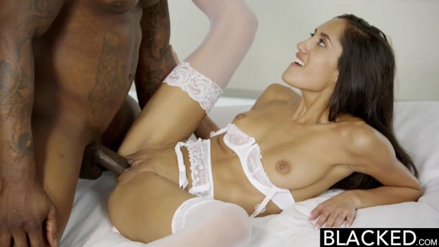 Chloe Amour blacked - Her tight stretched pussy Video thumb #13
