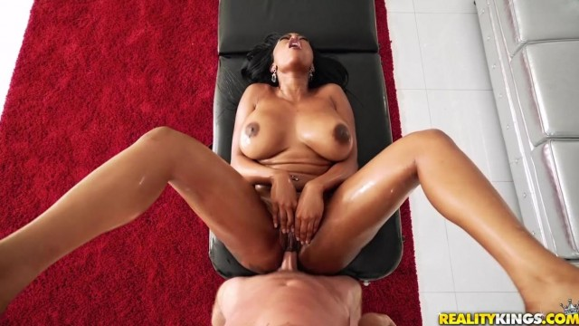 Black MILF Porn - Big ass ebony nailed by pink cock Video thumb #10