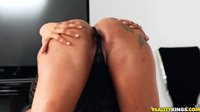 Black MILF Porn - Big ass ebony nailed by pink cock Video thumb #1