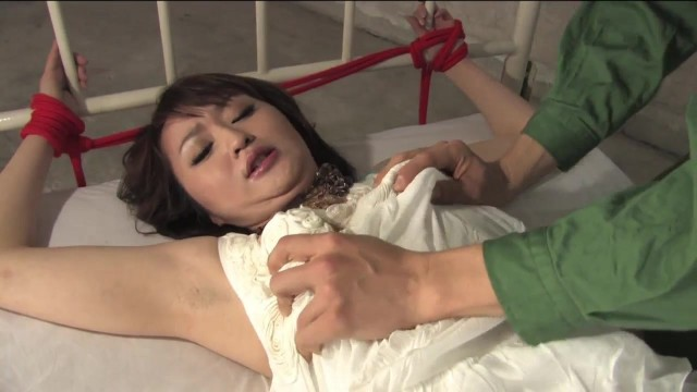 Japanese slut tied and pussy teased Video thumb #0