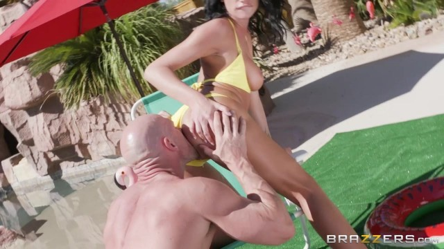 August Ames rides Johnny Sins' fat dick Video thumb #2