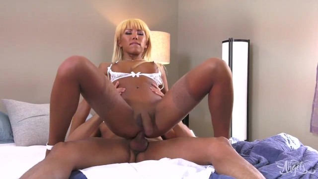 Free tranny porn - Nurse Miran know how to heal you Video thumb #0