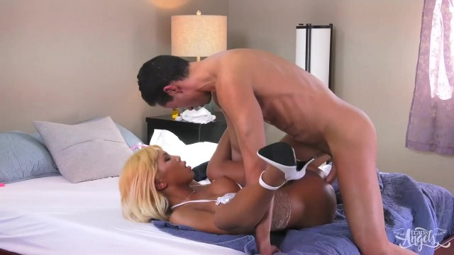 Free tranny porn - Nurse Miran know how to heal you Video thumb #11