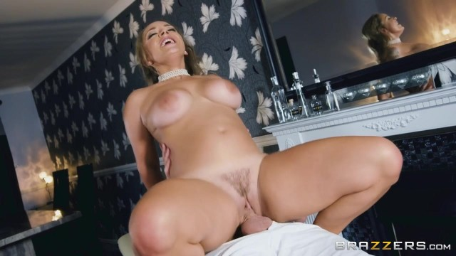 Chubby MILF with big tits Liza Del Sierra banged Video thumb #12