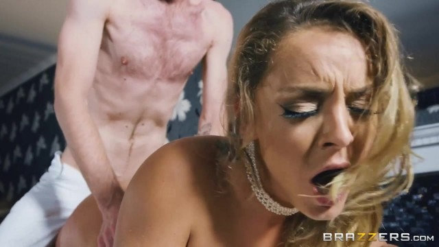 Chubby MILF with big tits Liza Del Sierra banged Video thumb #3