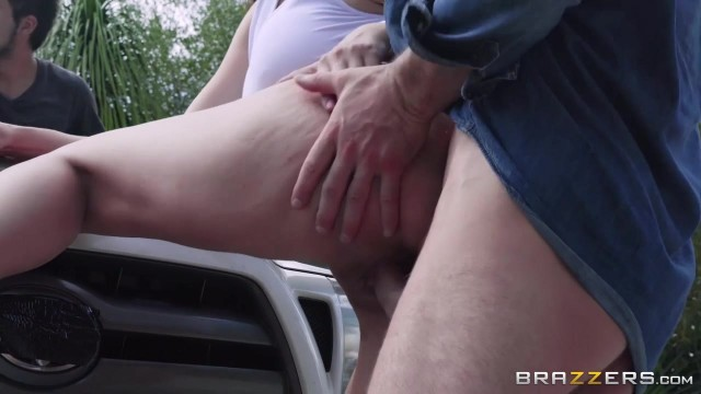 Dude Pushes His Big Rammer In Teen Pussy Video thumb #5