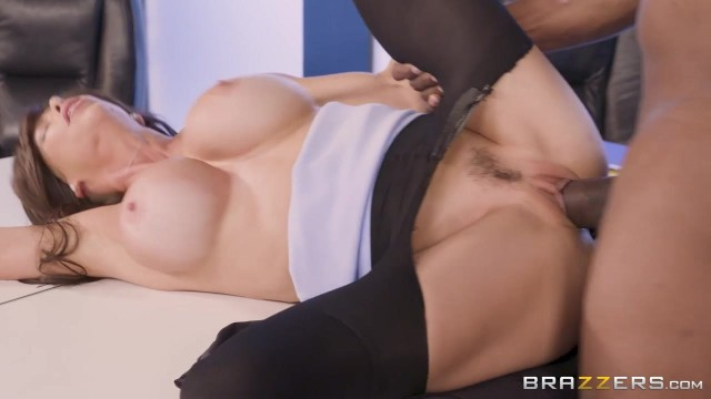 Brazzers - Busty Cougar Spits On BBC Before Sex