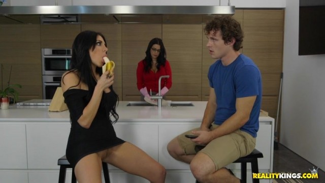 Jaclyn Taylor seduces Lacie James's son in the kitchen Video thumb #3