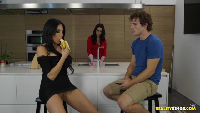 Jaclyn Taylor seduces Lacie James's son in the kitchen Video thumb #4