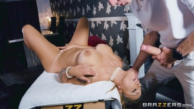 Liza Del Sierra sucking big cock Video thumb #17