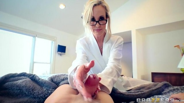 Brandi Love caught masturbating stepson by dad Video thumb #6