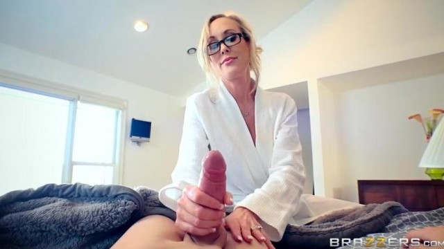 Brandi Love caught masturbating stepson by dad Video thumb #8
