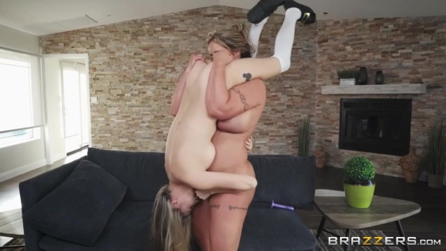 Eva Notty and Carolina Sweets - Pot O' Dongs - Brazzers 2018 Video thumb #15