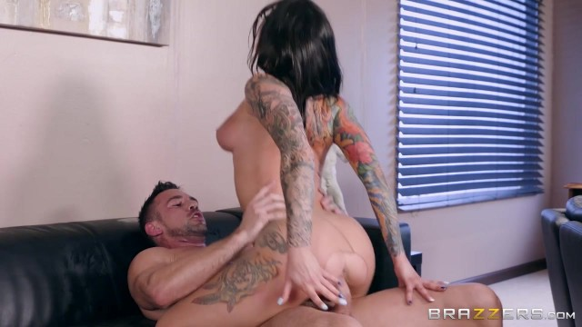 Inked MILF in nylon sucks and fucks