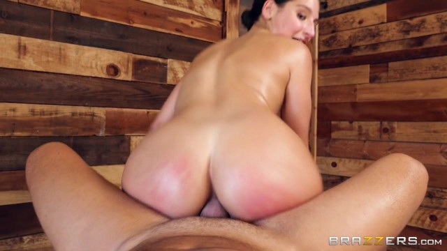 Abella Danger takes it in the ass from the masseur Video thumb #16