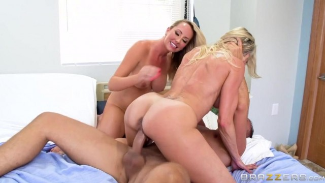Brandi Love and Brett Rossi are licking 69 Video thumb #13