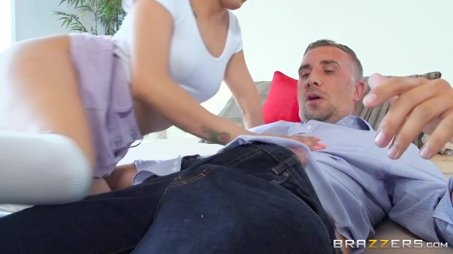 Vanessa Sky goes crazy with huge dicks Video thumb #2