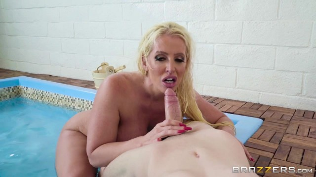 BBW StepMom Alura Jenson Sucks Jordi's cock Video thumb #15