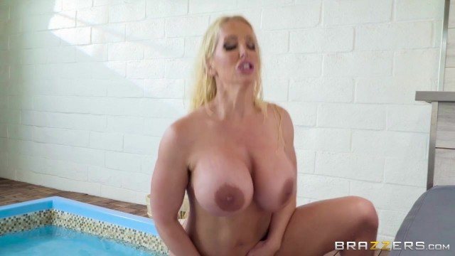 BBW StepMom Alura Jenson Sucks Jordi's cock Video thumb #16