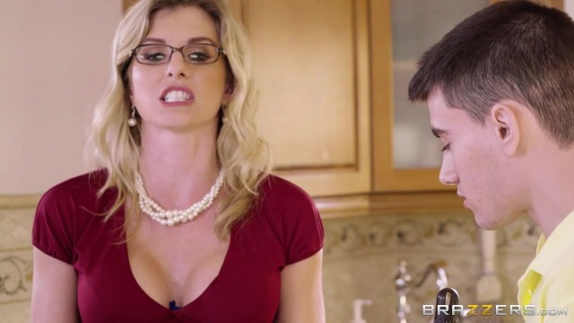 Stepmom Quickie With Jordi El Nino Video thumb #0