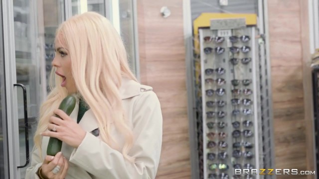 Luna Star anal fucked by guard after she mastubates with cucumber in the store Video thumb #0