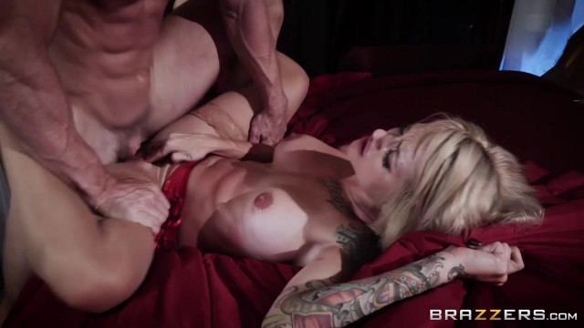 Brazzers - Johnny Sins fucks Sammie Six Video thumb #9