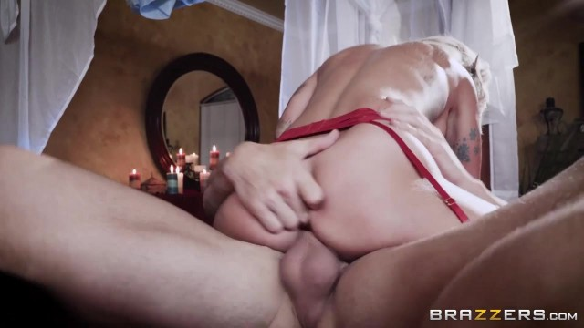 Brazzers - Johnny Sins fucks Sammie Six Video thumb #11