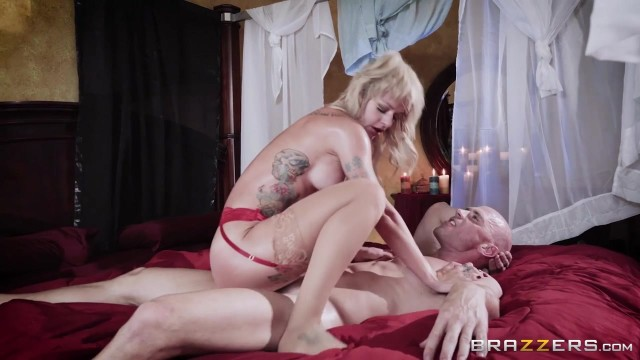 Brazzers - Johnny Sins fucks Sammie Six Video thumb #17