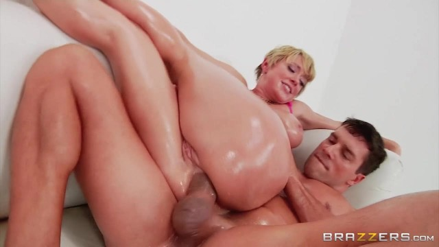 Bootylicious Mature Dee Williams Ass Fingered And Sodomized Video thumb #16
