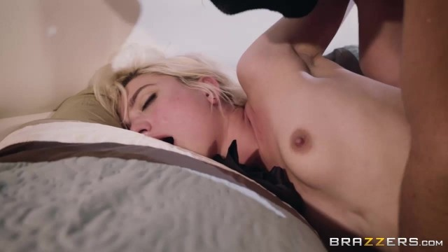 Blindfolded petite Eliza Jane fingered and pussy stretched by big dick Video thumb #19