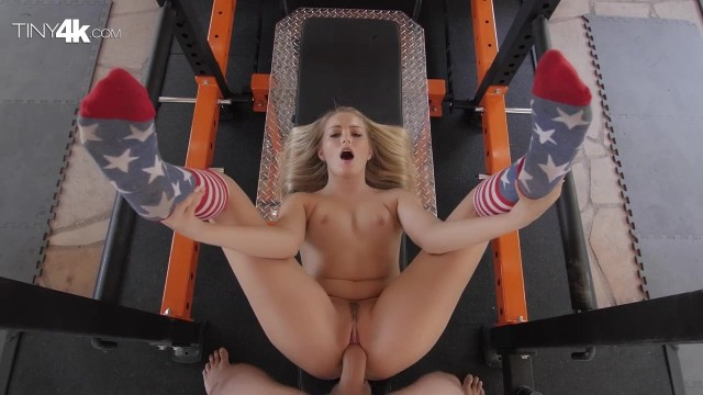 Scarlett Sage POV blowjob and sex in the gym Video thumb #17