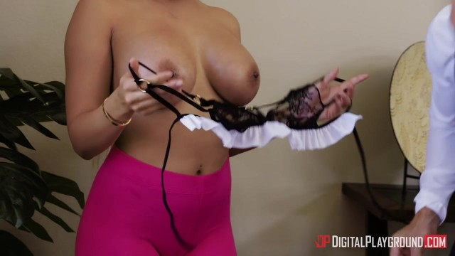 Big tits MILF Luna Star pounded by Johnny Sins Video thumb #3