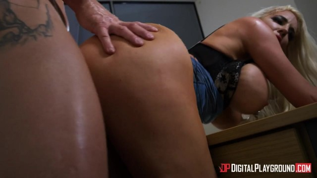 Wild MILF Nicolette Shea gets pounded by hard pecker Video thumb #14