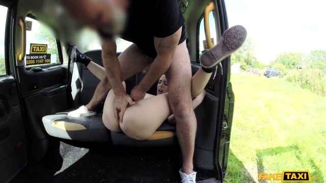 Chubby Taxi Driver With Elephant cock gets head Video thumb #12