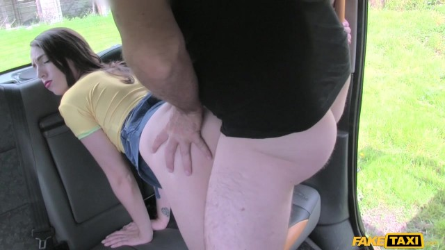 Chubby Taxi Driver With Elephant cock gets head Video thumb #4