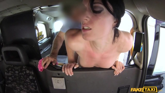 Jasmine Lau flashes her ass to fake taxi driver to get fucked Video thumb #16