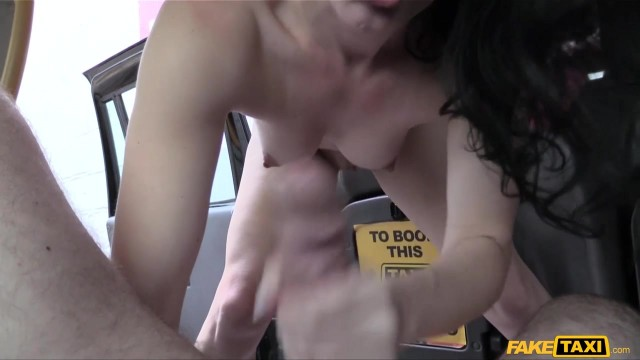 Jasmine Lau flashes her ass to fake taxi driver to get fucked Video thumb #7