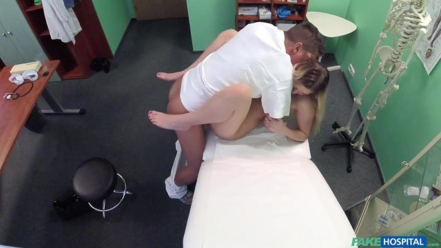 Katy Pearl busty blondy goes to hospital with hidden secret in her pussy Video thumb #15