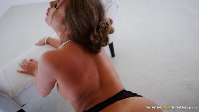 Russian Pornstar Alessandra Jane try to fit my big cock in her mouth Video thumb #12
